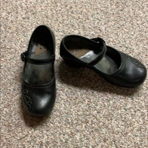 Dansko black Mary Janes